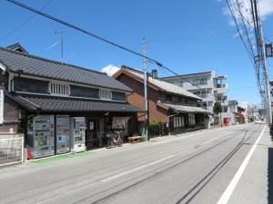 仏生山お成り街道